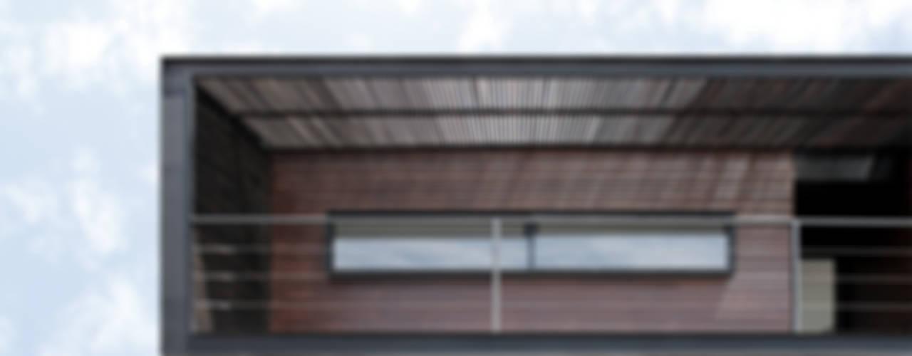 Casas de estilo  por Landeros & Charles Architects