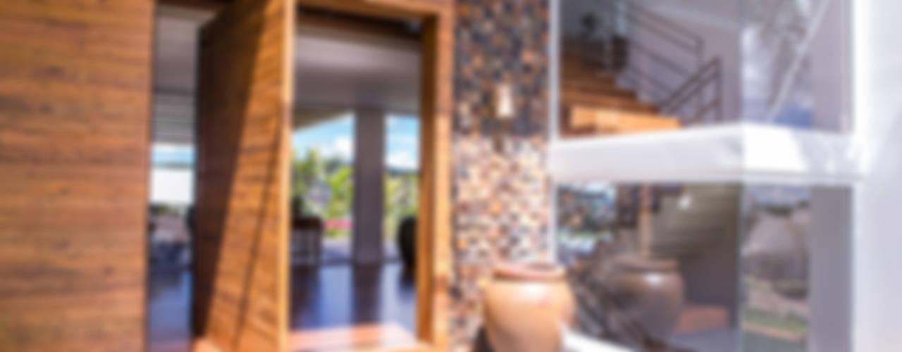 Residencia Domm Arquitetura: Terraços  por Domm Arquitetura Ltda