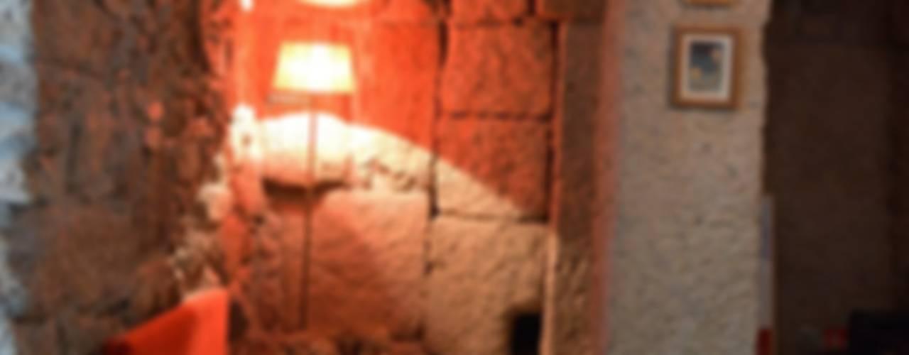 Casa de Campo das Sécias Adegas rústicas por MHPROJECT Rústico