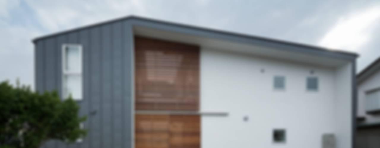 Дома в стиле модерн от Studio R1 Architects Office Модерн