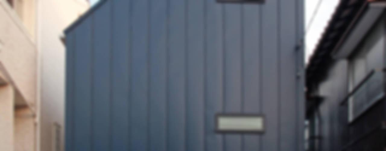 모던스타일 주택 by 設計事務所アーキプレイス 모던
