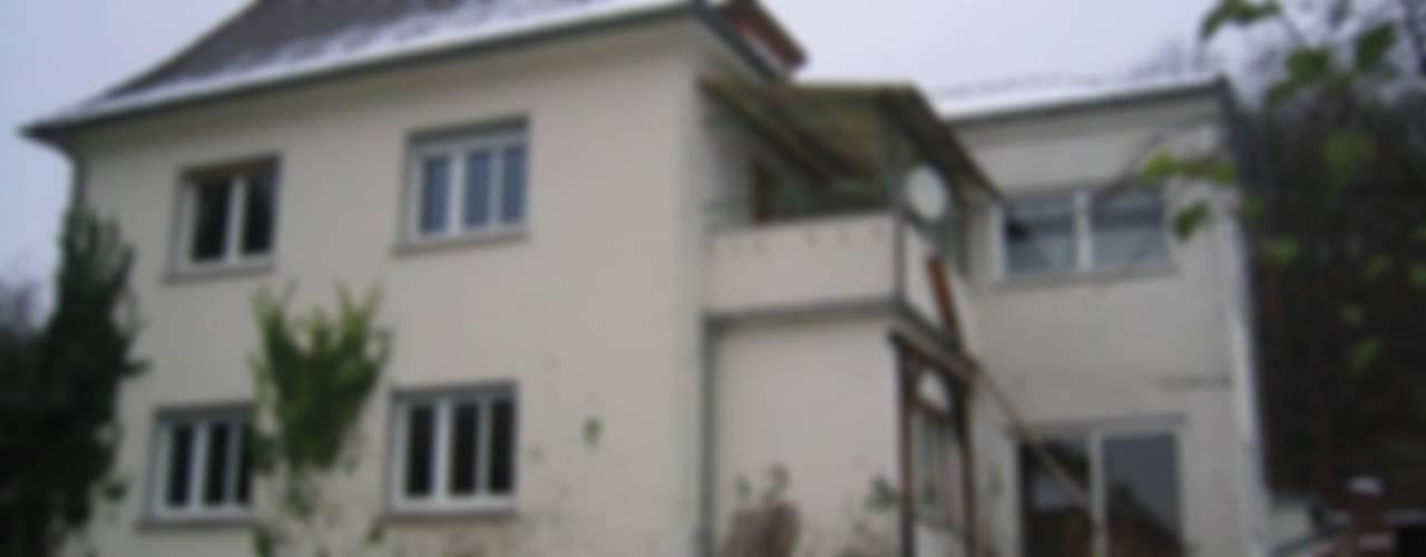 Maisons classiques par Kneer GmbH, Fenster und Türen Classique