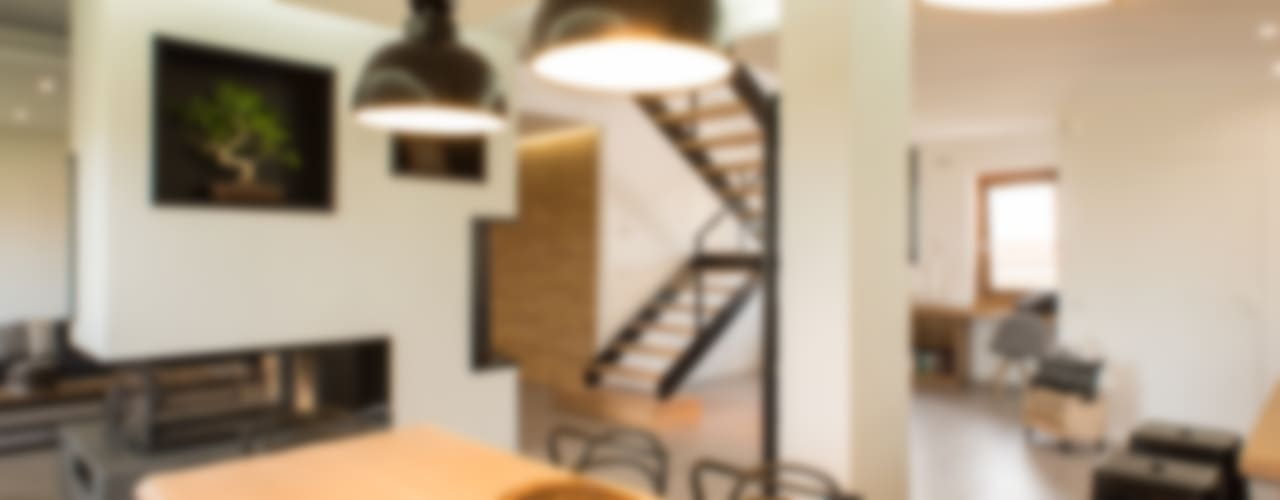 Modern Dining Room by Mario Ferrara Modern
