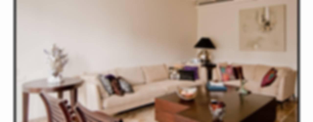 Residence 1 Modern living room by Dynamic Designss Modern