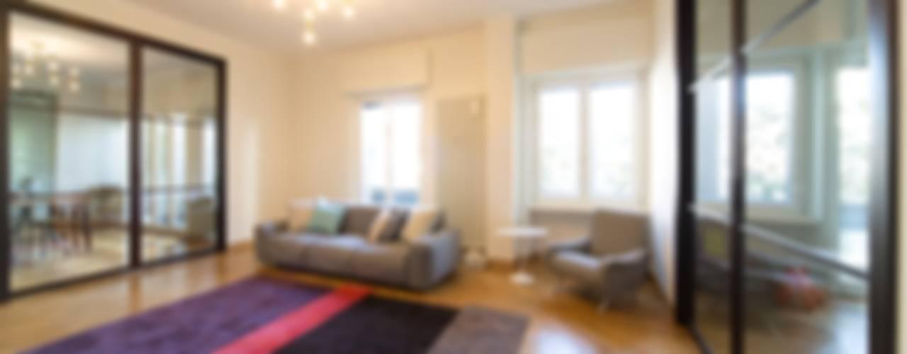 La Dolce Vita Soggiorno moderno di Interior Relooking Moderno
