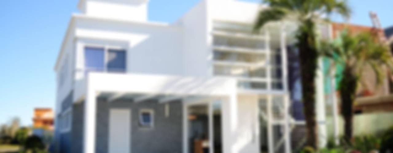 Projeto Arquitetura de Interiores Residencial Litoral Casas minimalistas por Marcelo John Arquitetura e Interiores Minimalista
