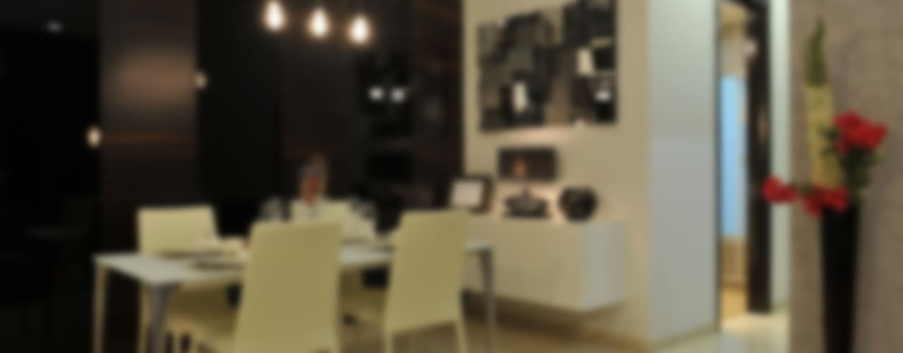 Dining area.:   by Grandeur Interiors
