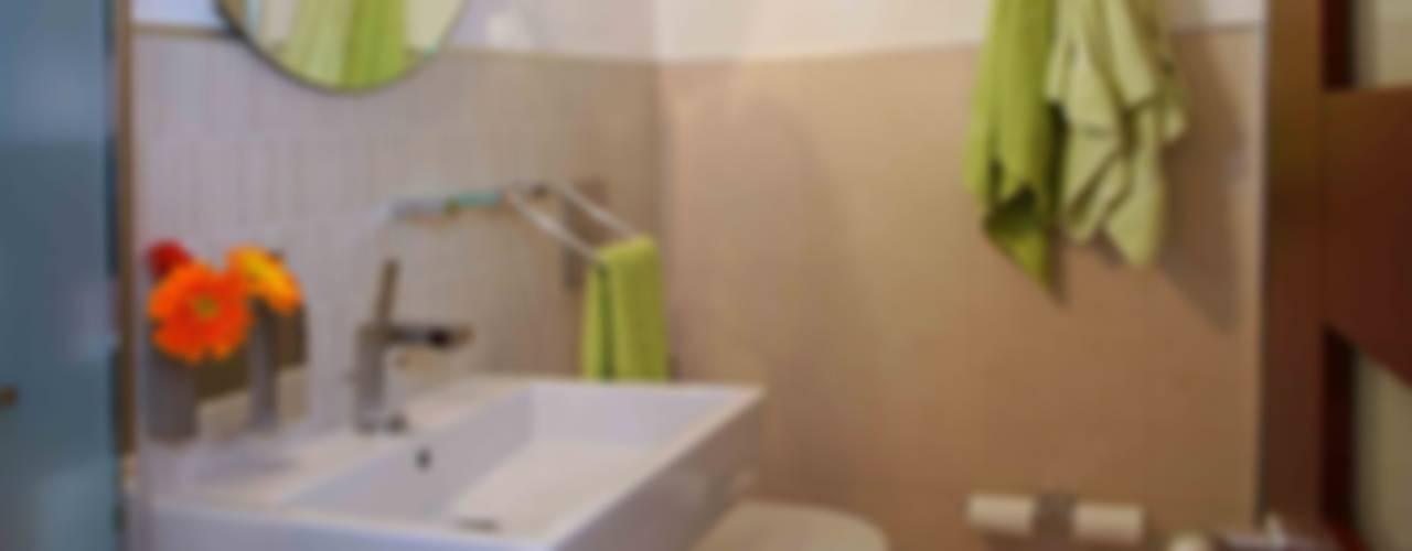 Apartamento 13A Baños de estilo moderno de Objetos DAC Moderno