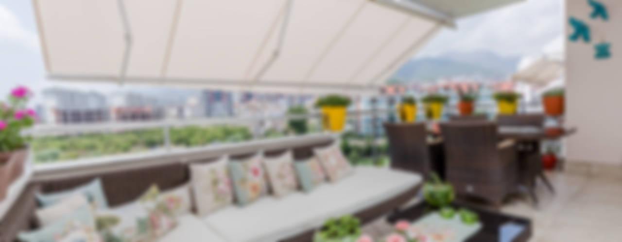 Mimoza Mimarlık Klassischer Balkon, Veranda & Terrasse