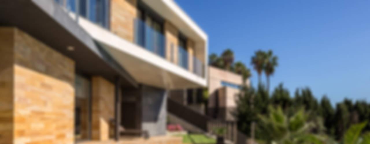 Casa E   08023 architects Piscinas de estilo moderno de Simon Garcia   arqfoto Moderno