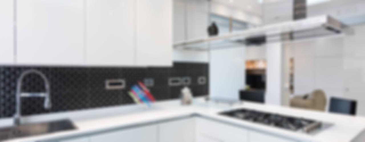 29 cucine piccole con penisola da copiare for Piccole cucine con penisola