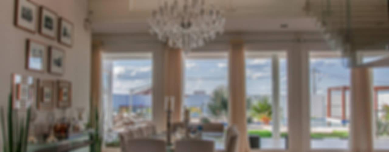 Residência HCF: Salas de jantar modernas por A/ZERO Arquitetura