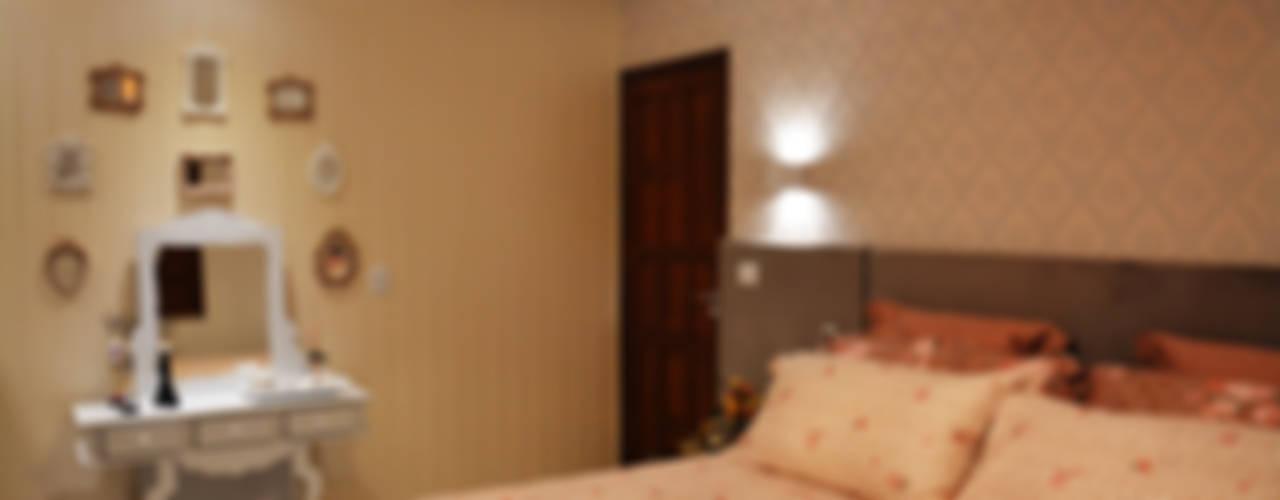 Dormitorios de estilo  por CARDOSO CHOUZA ARQUITETOS