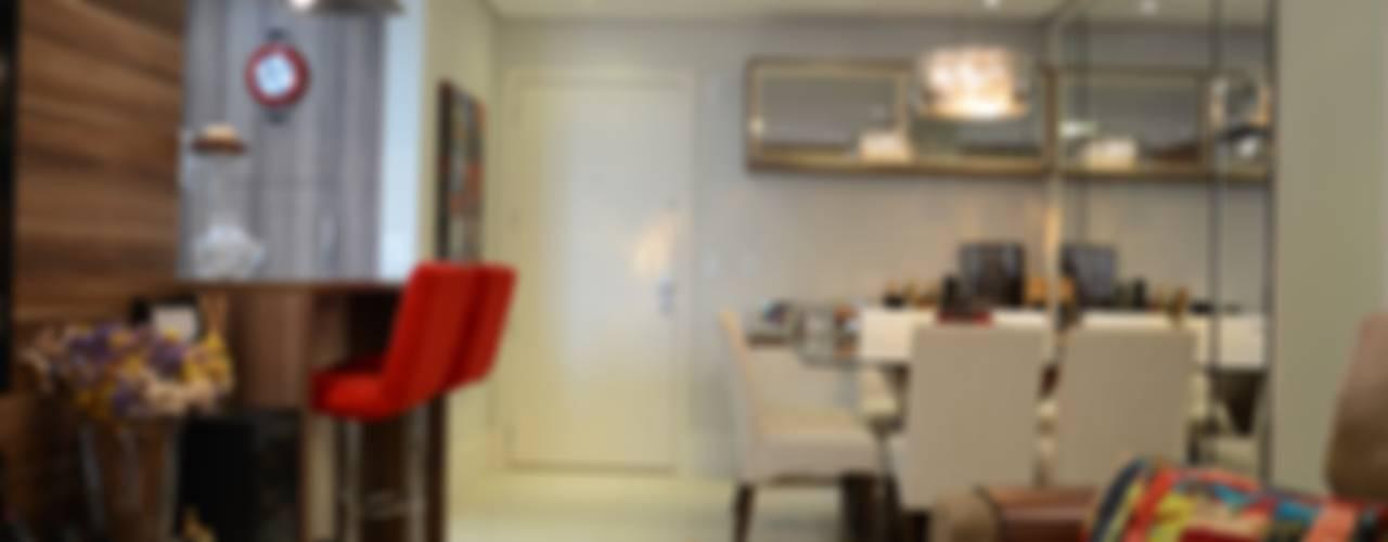 Sala da pranzo moderna di Expace - espaços e experiências Moderno