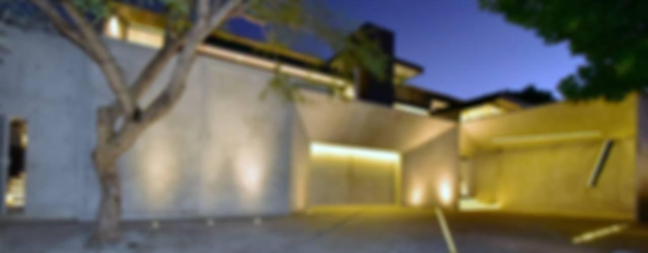 Houses by Nico Van Der Meulen Architects , Modern