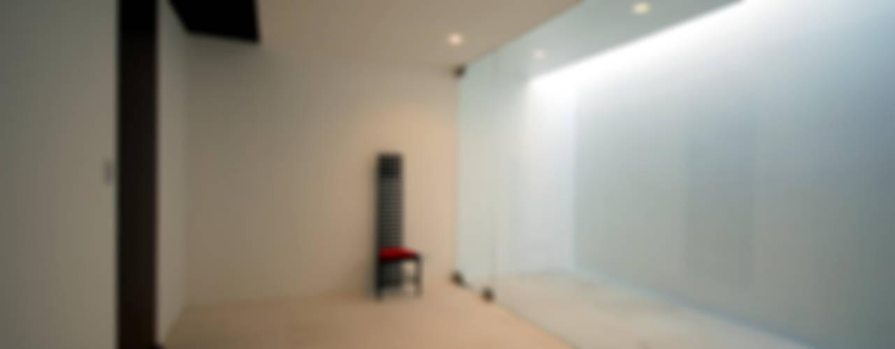 門一級建築士事務所 Dormitorios infantiles minimalistas Mármol Blanco