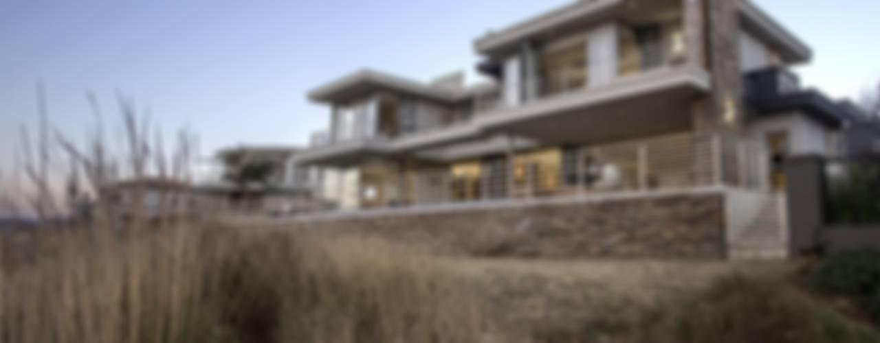 Casas de estilo  por FRANCOIS MARAIS ARCHITECTS