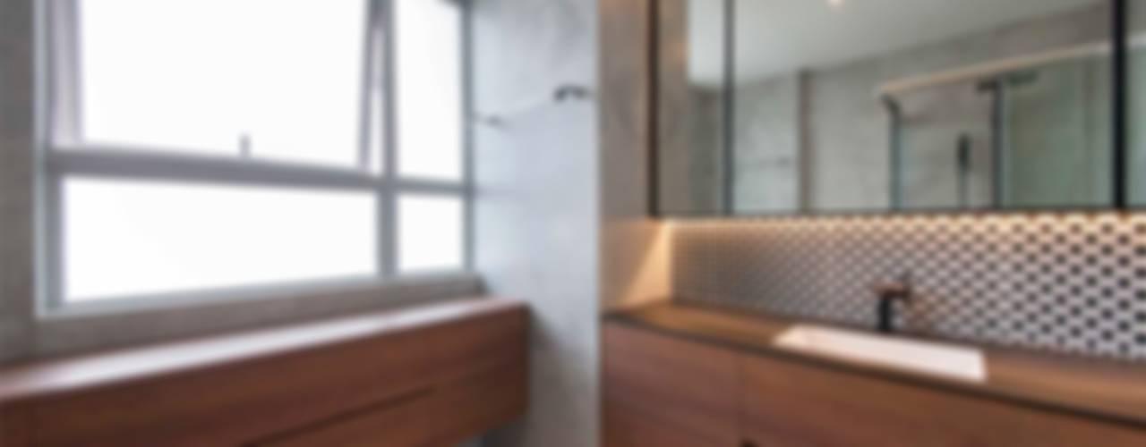 حمام تنفيذ Eightytwo Pte Ltd,