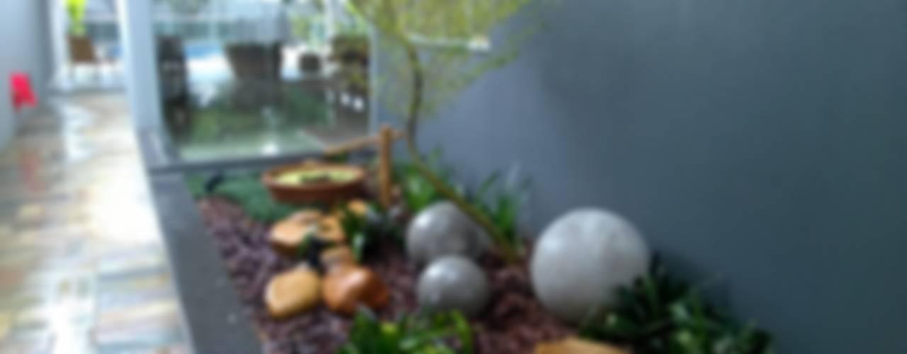 Jardines modernos: Ideas, imágenes y decoración de Borges Arquitetura & Paisagismo Moderno