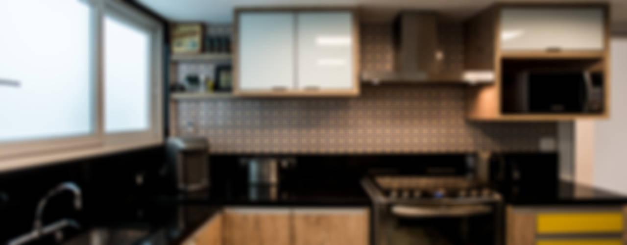 L2 Arquitetura Modern kitchen Wood Wood effect