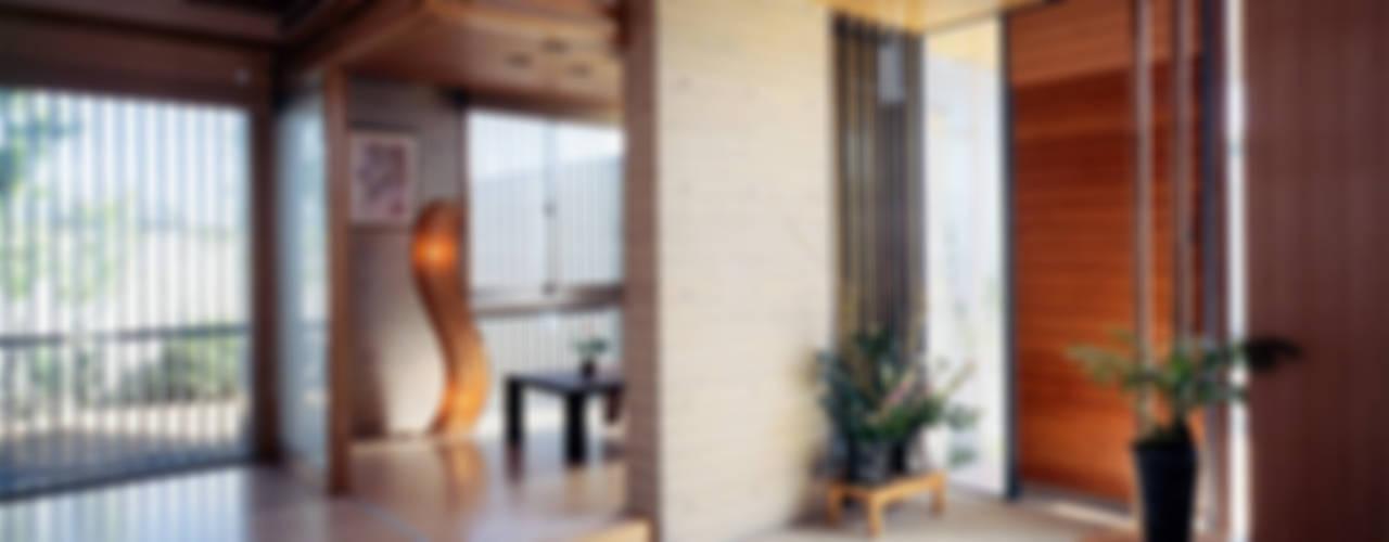 Corridor & hallway by シーズ・アーキスタディオ建築設計室,