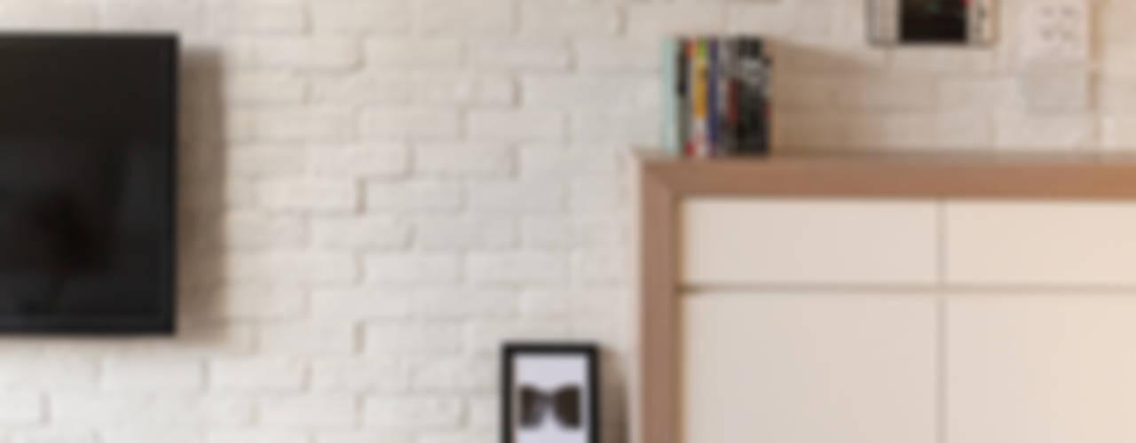 Salas de estilo  por 思維空間設計