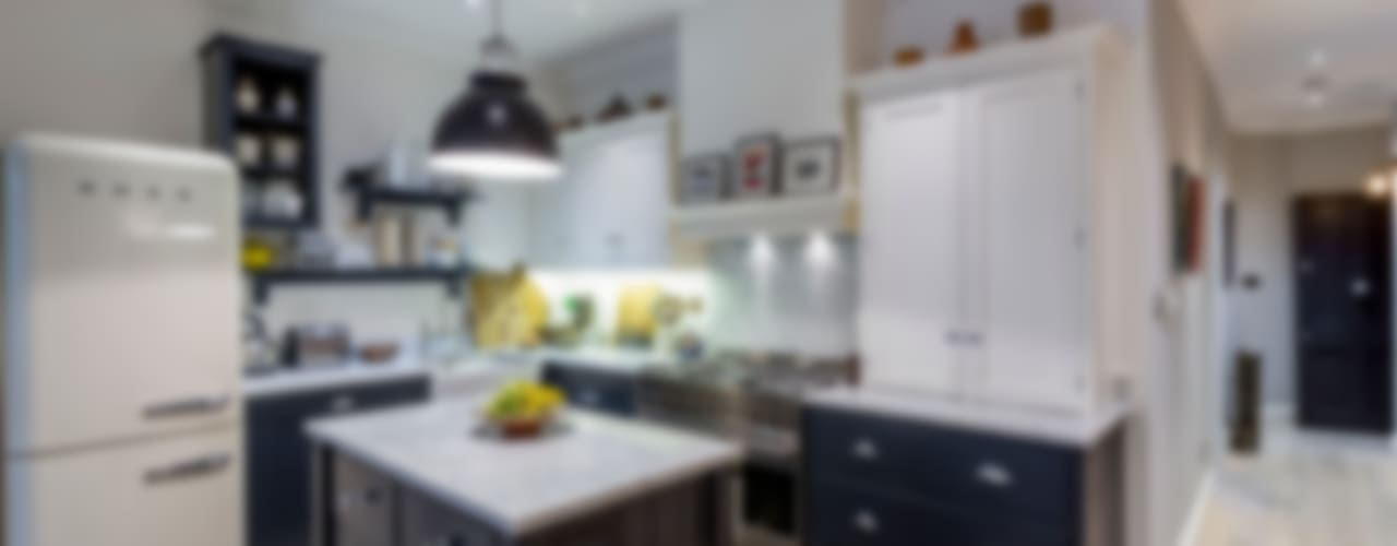 Kitchen by GK Architects Ltd