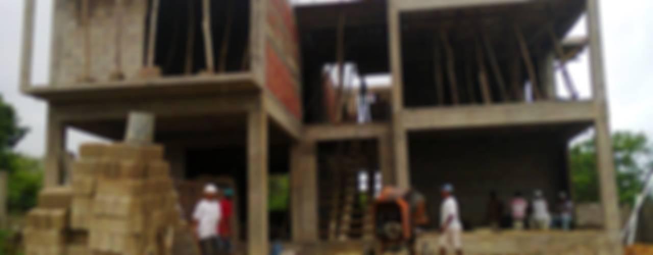 CASA TM: Casas de estilo  por DINÁMICA ARQUITECTURA