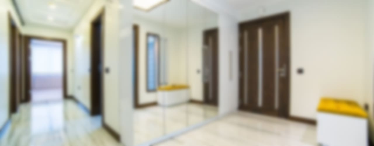 Minimalist corridor, hallway & stairs by Onn Design Minimalist