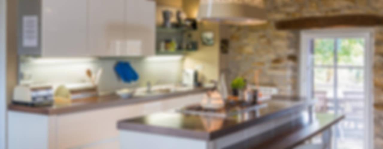 Cocinas de estilo rústico de Andrea Chiesa è Progetto Immagine Rústico