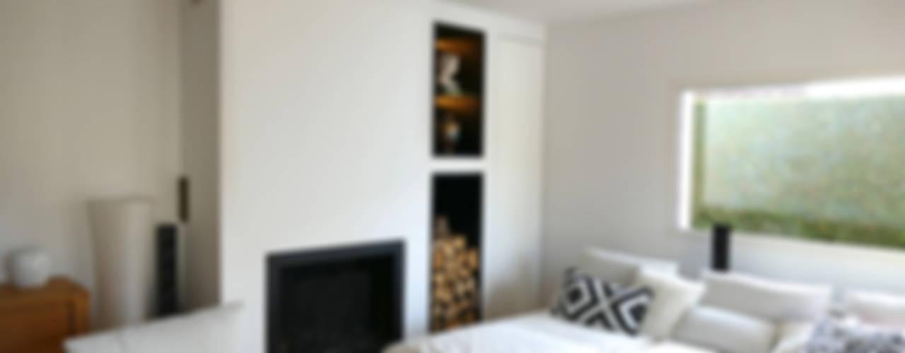 Maison M.F: Salon de style  par Ophélie Dohy architecte d'intérieur, Moderne