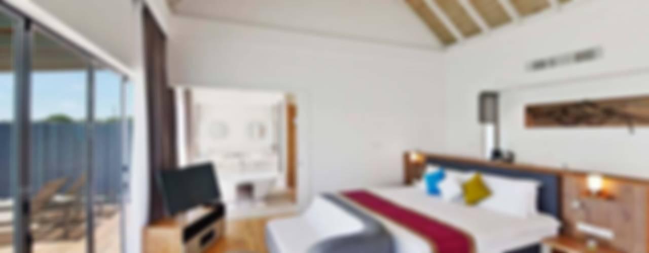 Modern hotels by AIRCLOS Modern