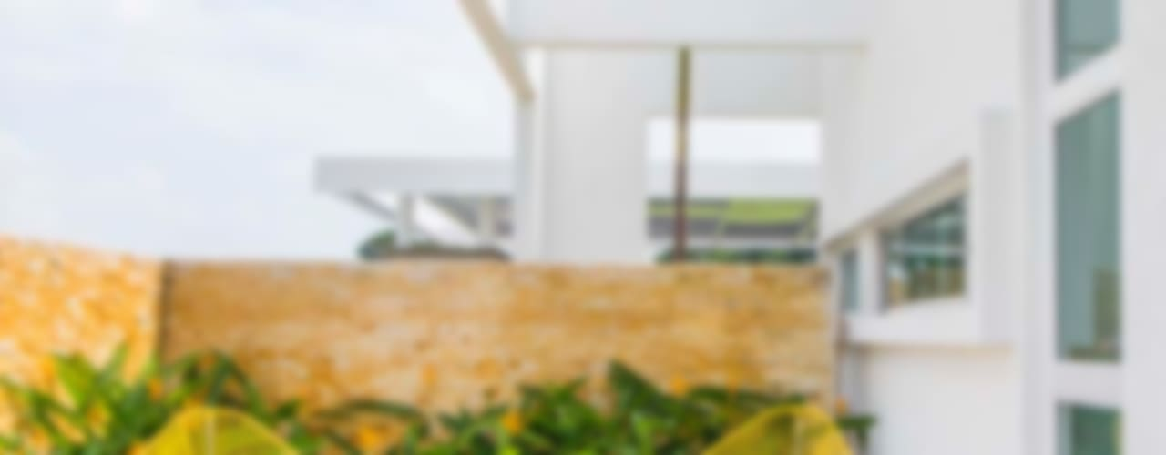 Casa de la Acacia - Sombra Natural: Terrazas de estilo  por David Macias Arquitectura & Urbanismo,