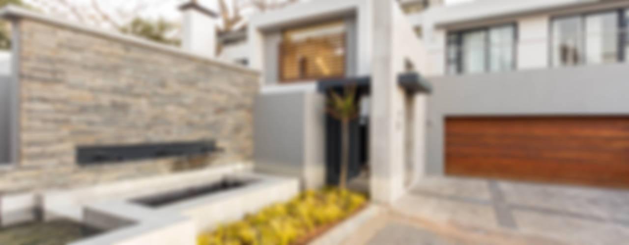 Casas de estilo  por Flaneur Architects