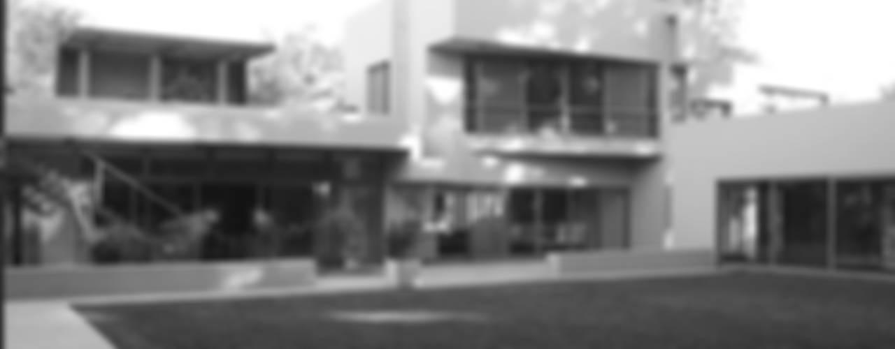 CASA en SAN DIEGO: Casas de estilo moderno por MZM | Maletti Zanel Maletti arquitectos