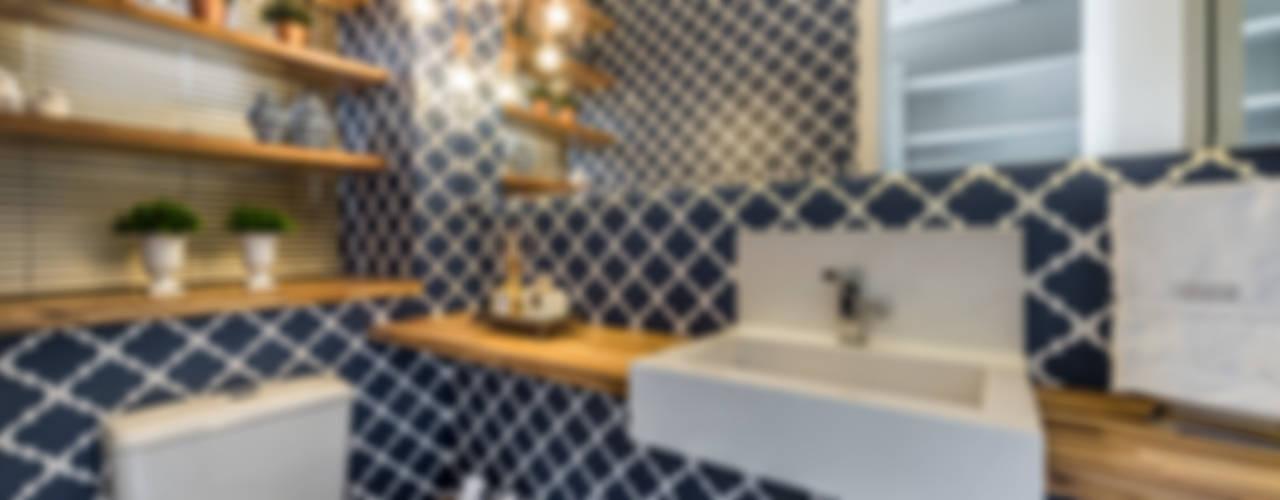 Bathroom by Treez Arquitetura+Engenharia