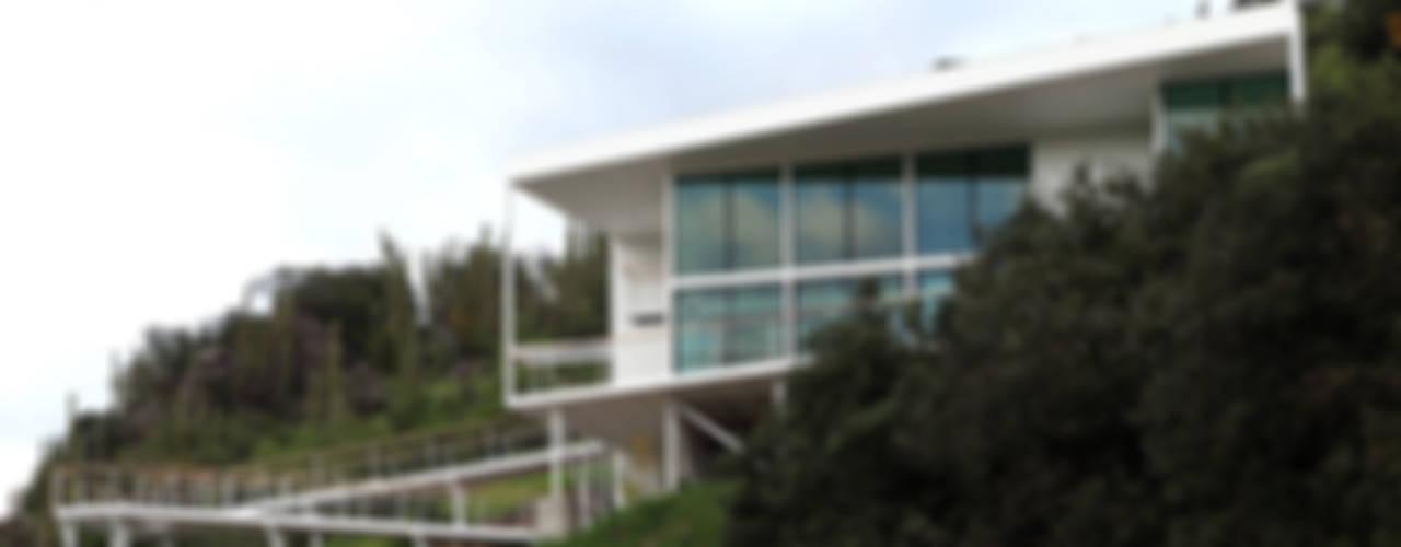 Casas de estilo mediterraneo por Directorio Inmobiliario