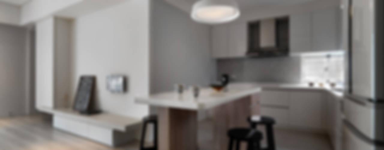 淨與靜:  廚房 by 倍果設計有限公司