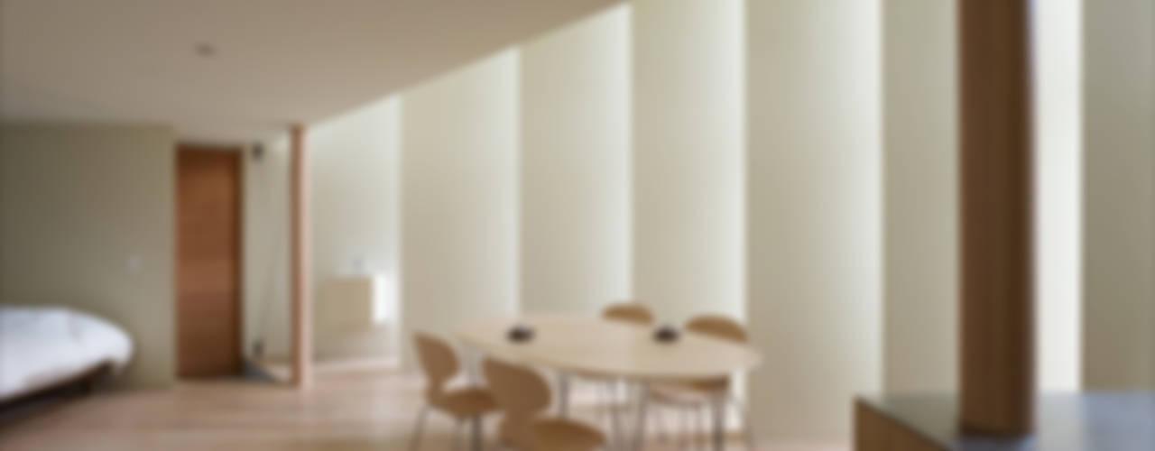 Ruang Makan Modern Oleh 藤原・室 建築設計事務所 Modern