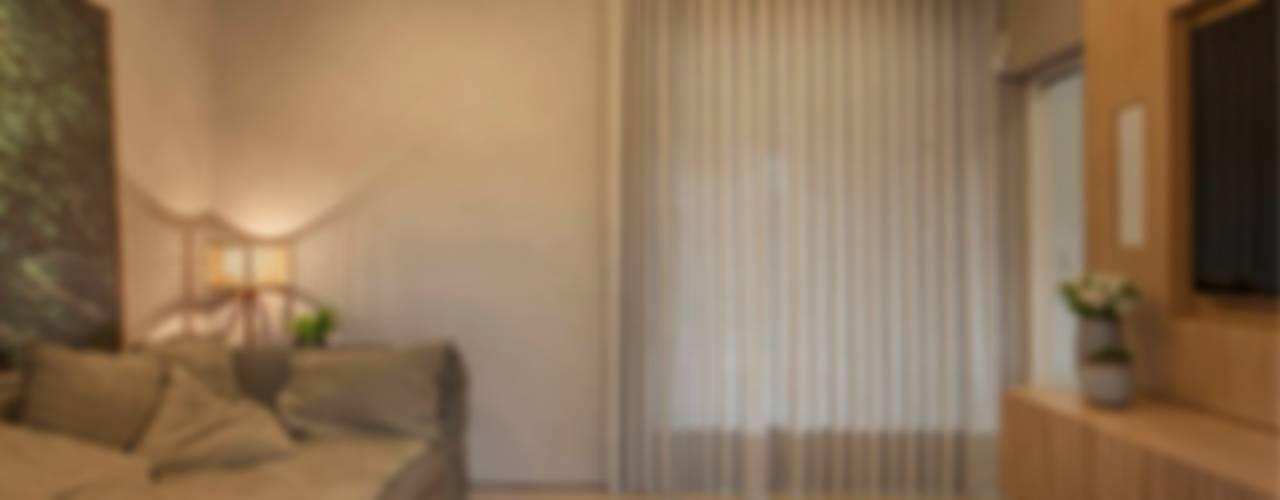 Projeto de Interiores - Barão Salas multimídia modernas por Maira Del Nero Arquitetura e Interiores Moderno