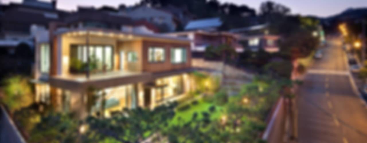 평창동 단독주택 1 _ The Elim 모던스타일 주택 by (주)건축사사무소 모도건축 모던