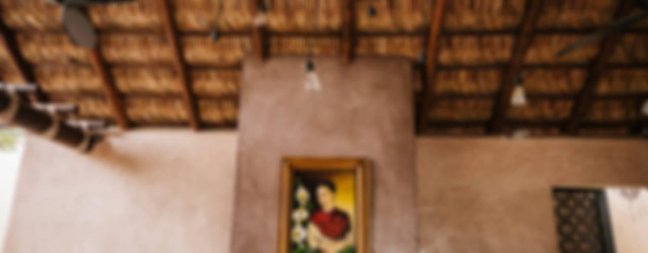 CASA AGUA LUNA: Comedores de estilo ecléctico por HA Arquitectos