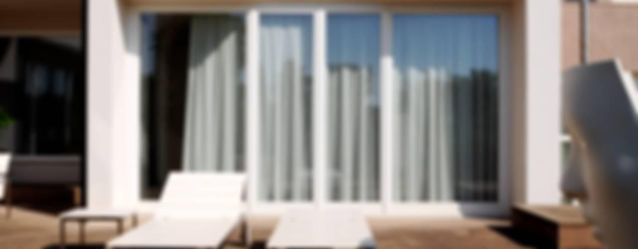 Realizzazione nuova villa privata PROGETTAZIONI CIVILI Case moderne