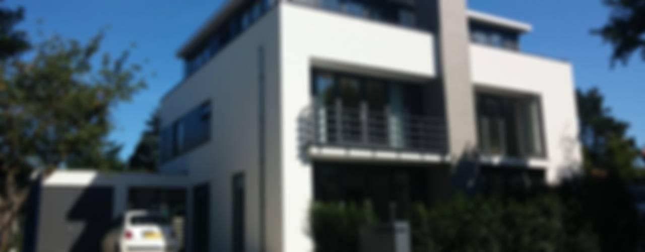 Architectenbureau Ron Spanjaard BNA Modern Houses White