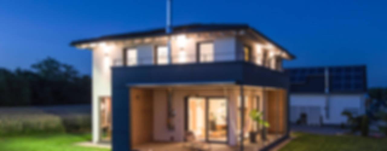 Rumah Modern Oleh KitzlingerHaus GmbH & Co. KG Modern