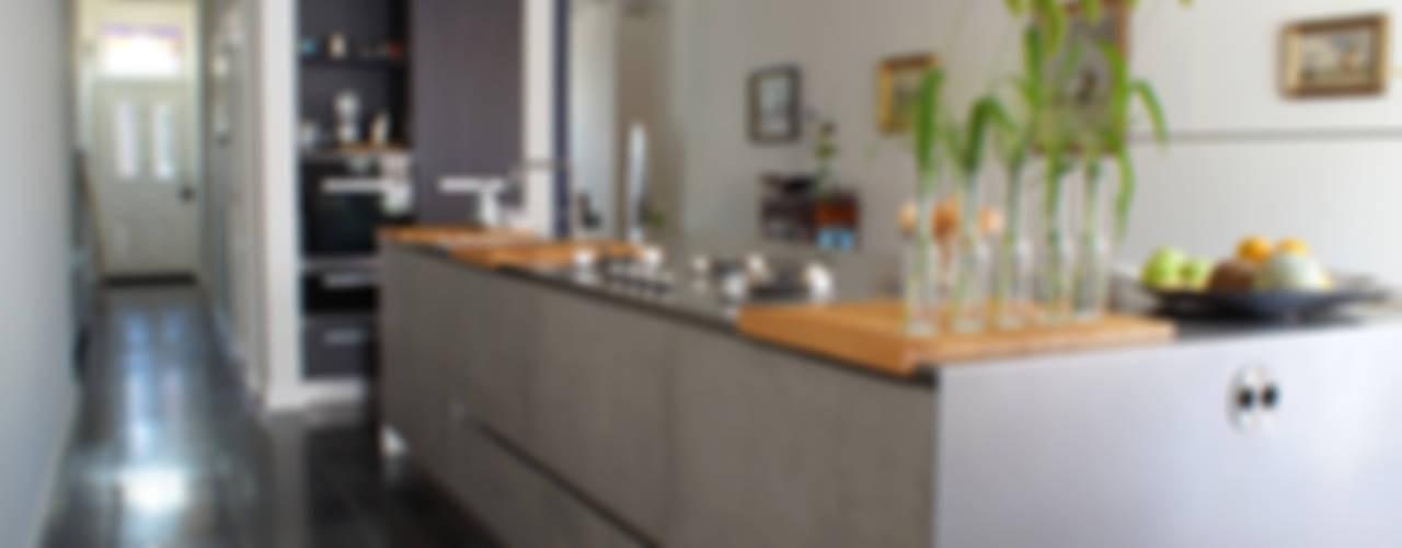 Kitchen by studio architecture