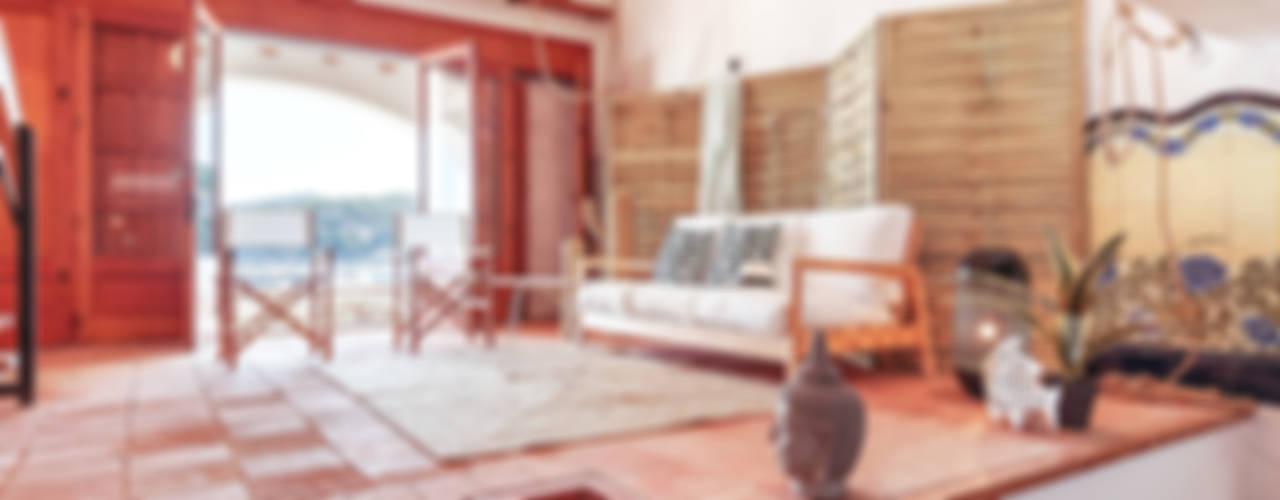 PORT BO Ruang Keluarga Gaya Mediteran Oleh Markham Stagers Mediteran