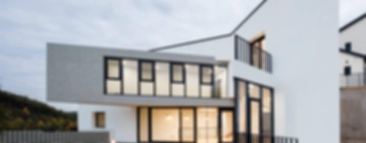 남동 나비집 에이치에이치 아키텍스 모던스타일 주택
