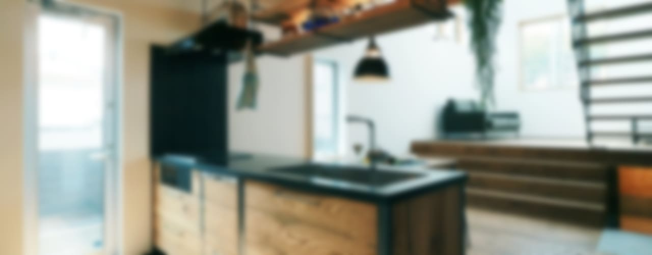 Industriale Küchen von オレンジハウス Industrial