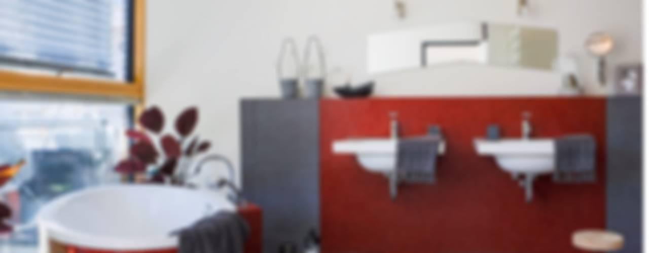 Münchner home staging Agentur GESCHKA Modern Bathroom Red